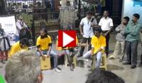 A fun performance at Dadar Station!