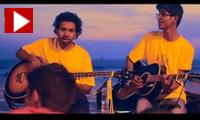 Yash & Nikhil perform 'I'm Yours'